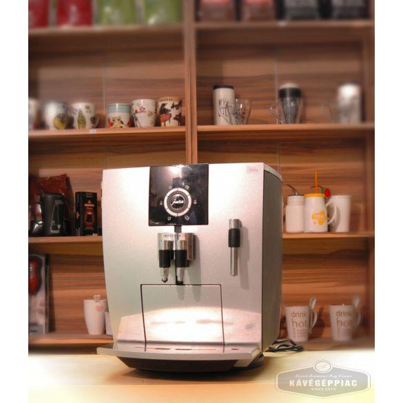 É Jura Impressa J5 kávégép (felújított 12 hónap garanciával)