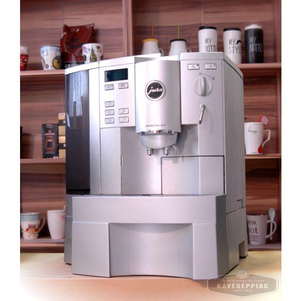 Jura Impressa X95 kávégép cappuccino fejjel (felújított 12 hónap garanciával)